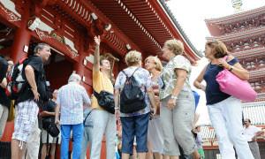 外国人旅行者をもてなす語学ボランティア、民間企業研修として広がる